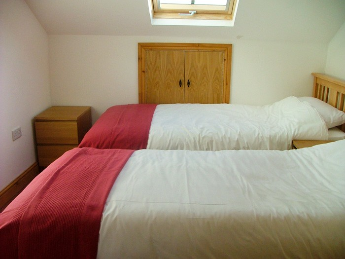 2. cottage suite - attic twin or double room