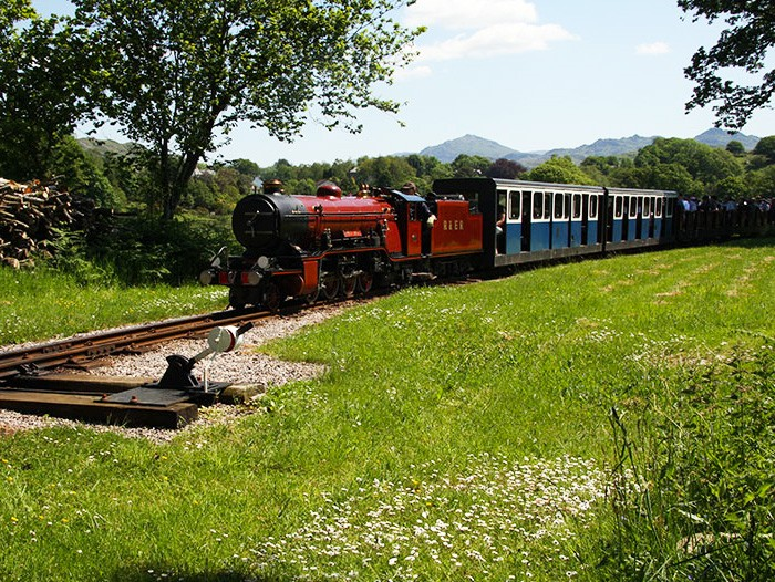 2. laal ratty steam railway at ravenglass